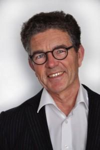 Ronald Boumans est consultant principal en réglementation au bureau d'Emergo à La Haye. Auparavant, il a été inspecteur de la technologie médicale à l'Inspection sanitaire néerlandaise (IGZ), et ses domaines d'expertise comprennent la législation européenne des dispositifs médicaux, le suivi des autorités compétentes, et les exigences de marquage CE.
